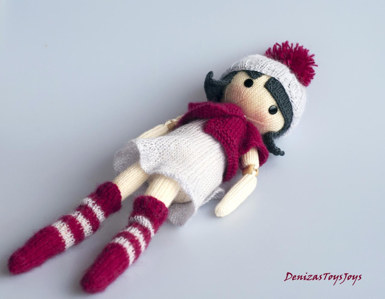Mary. The Doll. - Pdf Knitting Pattern. Knitted Round. Bead Jointed ...